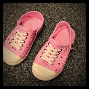 Other - Pair of pink crocs